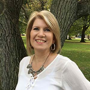 Author Interview with Dana Arcuri